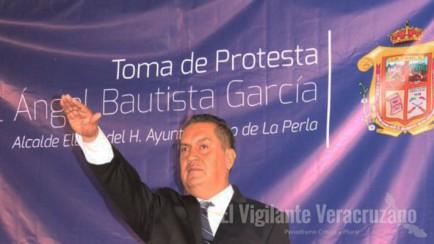 rinde protesta miguel ángel bautista como alcalde de la perla1