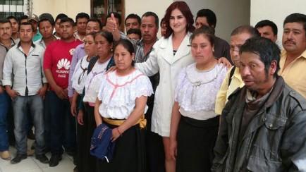 se reúnen comités de base del PRD con Dulce María García López