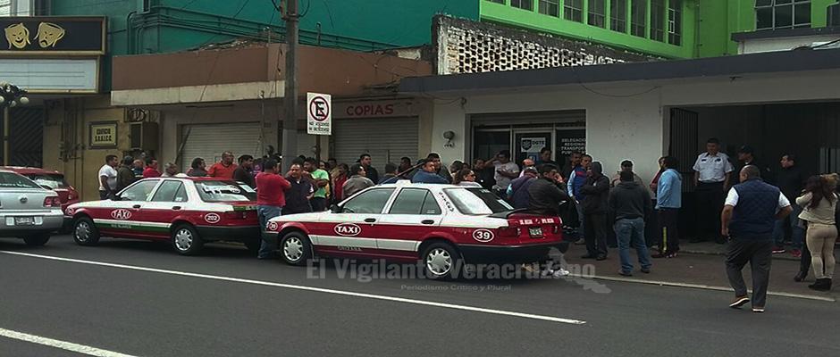 taxistas de orizaba contra transporte publico