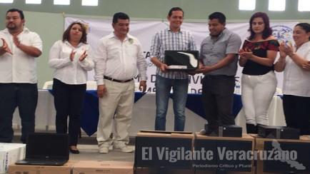 informe biestral del alcalde de cuichapa