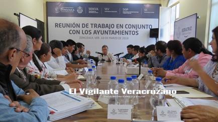 reunión de alcaldes con el gobernador del estado