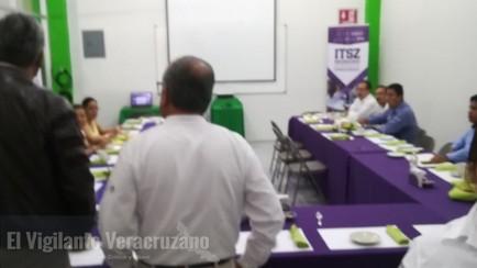 desairan alcaldes reunion convocada por lidia mezhua en iteszo
