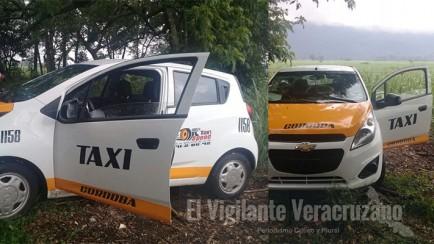 taxi abandonado en la patrona