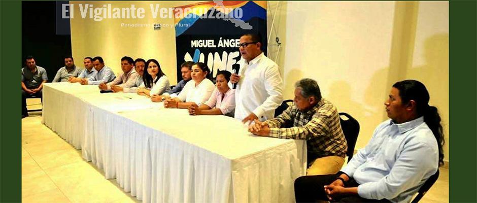 se suma alcalde de Nogales al proyecto de Yunes Márquez2