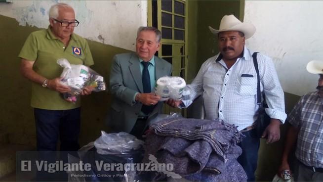 apoyos a daminificados de necoxtla y la cuesta