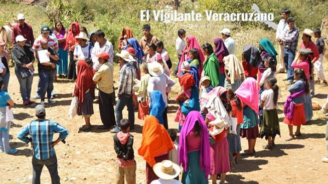 campesinos de acultzingo exigen liberación de escrituras