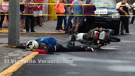 se mata motociclista
