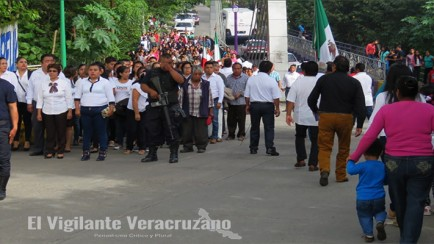 desfile en rafael delgado