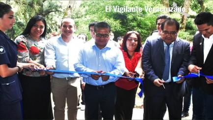 inauguran Clínica de Terapia Física de la UPH en nogales