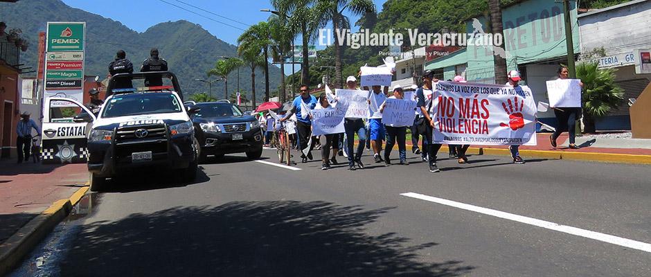 marchan contra la inseguridad en la region de orizaba