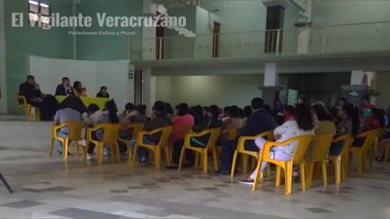 reunion de maestros con alcalde de zongolica