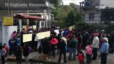 toman escuela diaz miron en texhuacan
