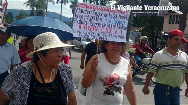 manifestacion contra caev en rio blanco