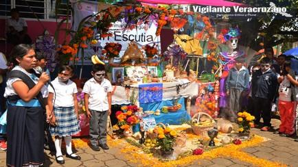 concurso de ofrendas en ixhuatlancillo