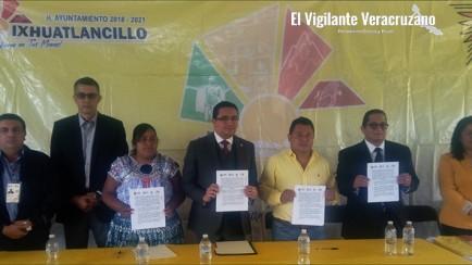 convenio para dotar de escrituras a escuelas de ixhuatlancillo