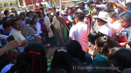 directora del dif estatal encabeza el xochitlalli en tehuipango