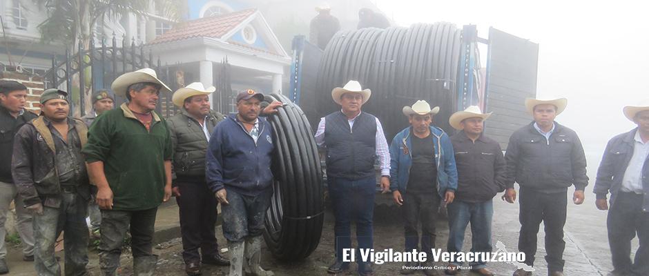 red de agua potable para la cumbre del español en la perla