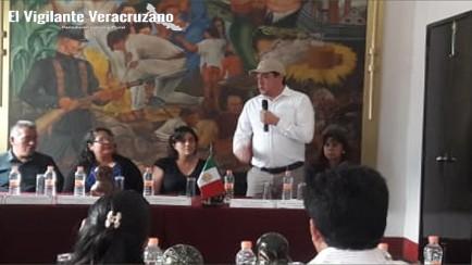 ayuntamiento de magdalena recibe unidad de pc de parte del ayuntamiento de rio blanco