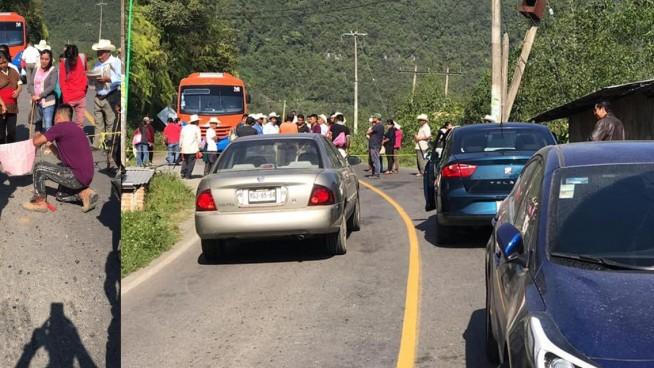 habitantes de los reyes bloquean la carretera federal orizaba-zongolica