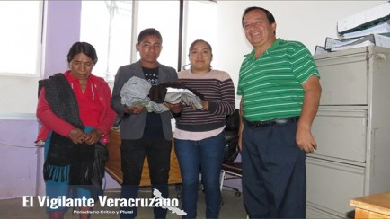apoyo a jóvenes de tehuipango por parte del dif