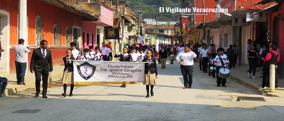 desfile cívico conmemorativo a la batalla de puebla en zongolica2