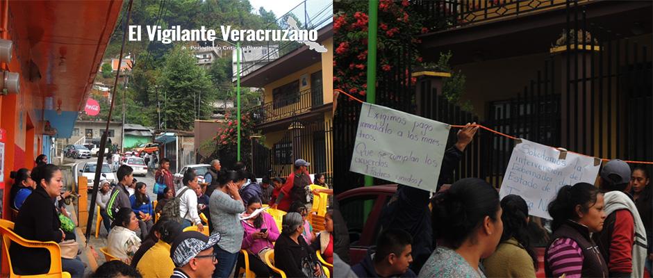 padres de familia y maestros bloquean carretera federal zongolica-orizaba3