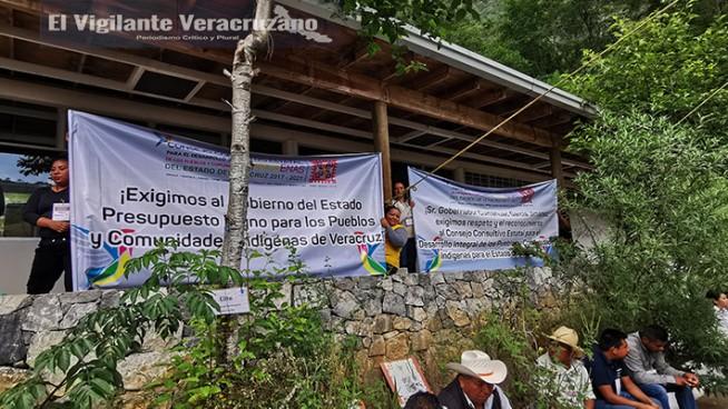 comunidades indígenas exigen recursos al gobierno del estado de veracruz