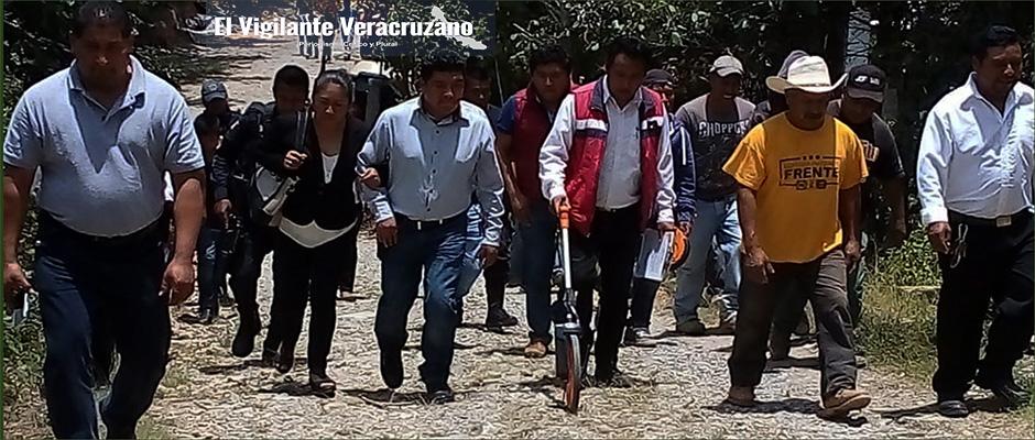 arranca pavimentación en Mexcaltitla, Astacinga2