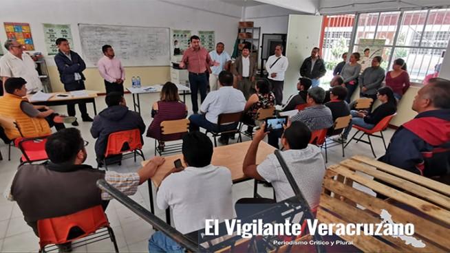 isaac gonzález contreras con maestros en tehuipango