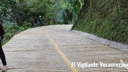 obra de pavimentación en zongolica, en riesgo