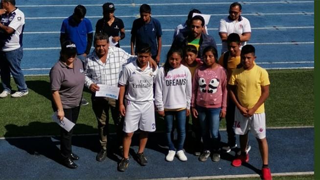 triunfan jóvenes atletas de mixtla de altamirano