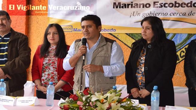impondrá alcalde de Mariano Escobedo a su esposa como candidata a la alcaldía