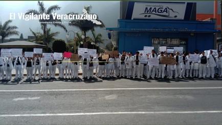 marchan estudiantes contra la violencia