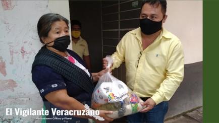 entrega de despensas en ixhuatlancillo