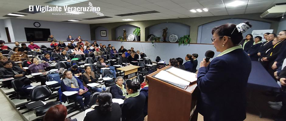 isabel garcía gerardo, nueva presidenta de crezco02